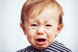 jongen_peuter_huilt_schreeuwt